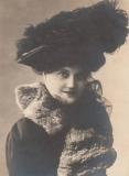 victorian-fashion-1900-blackhat
